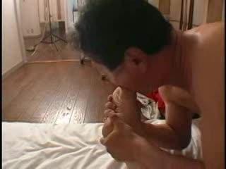 むっちりおデブなヒトヅマの足の指をしゃぶりまくる☆☆[イソジ/おばさん/豊満]